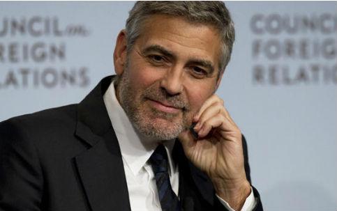 """George Clooney se revolta com pessoas que não usam máscara: """"Imbecis"""""""