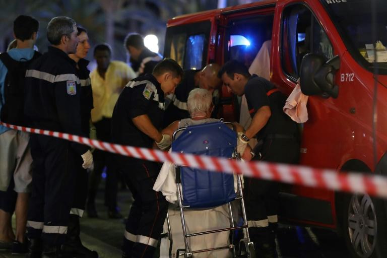 Cenas de 'caos absoluto' em Nice depois do atentado