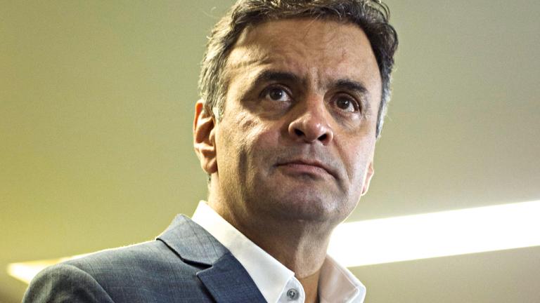 """""""Apoiamos (Aécio e o PSDB) um programa de governo e, se o presidente Temer seguir essa direção, terá nosso apoio"""""""