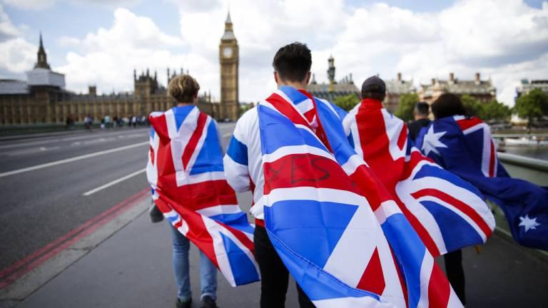 2016 - Brexit, o fim de um sonho: britânicos votam pela saída da União Europeia e podem dar início ao esfacelamento do bloco
