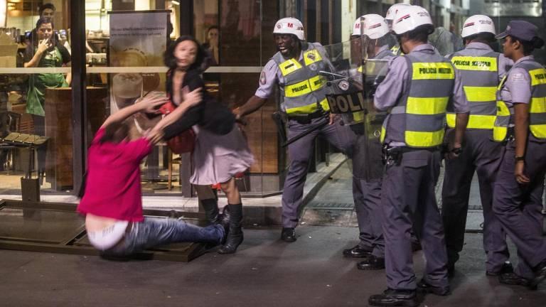 2013 - Junho de 2013, o grito das ruas: as manifestações que levaram milhões de jovens de volta às ruas pautaram uma nova forma de olhar a política e a ética
