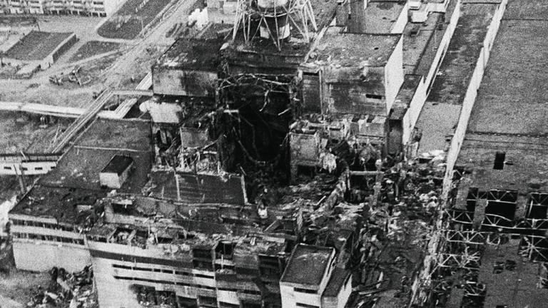 1986 - A tragédia em Chernobyl: acidentes em usinas nucleares aterrorizaram o mundo, mas o uso dessa forma de energia continuou crescendo