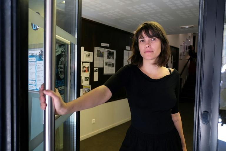 Brasileira Fernanda Pessoa fala sobre atração de mulheres pelo documentário