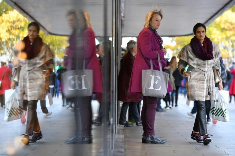 Vendas no varejo no Reino Unido sofrem maior queda em sete anos