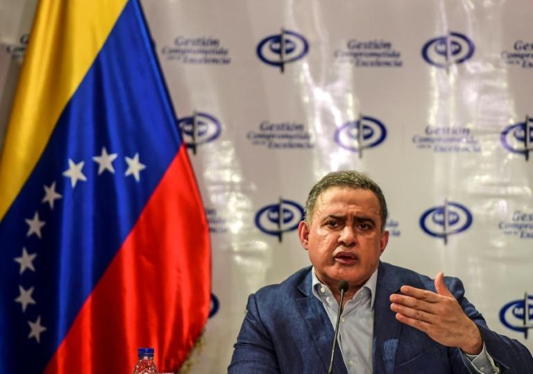 Procurador venezuelano investiga manifestantes por 'corte de árvores'