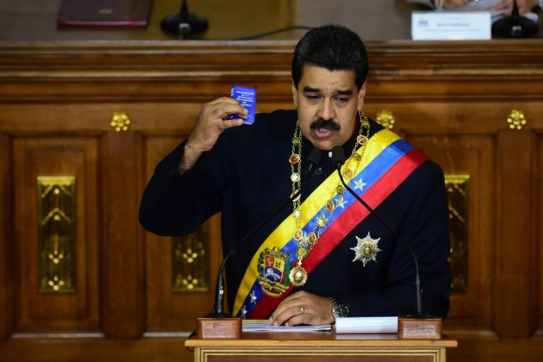 Maduro acusa ex-procuradora de bloquear investigações de corrupção ordenadas por ele