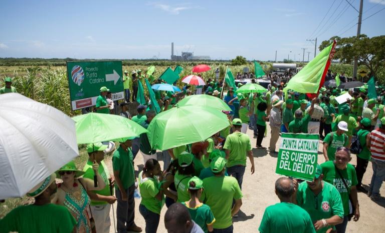 Dominicanos protestam contra construção de termelétrica pela Odebrecht