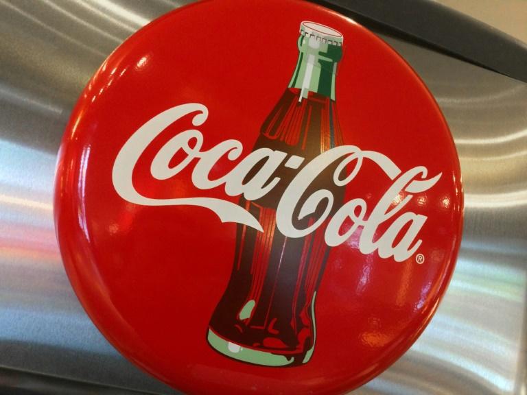 Redução de custos da Coca-Cola estimula lucro no 3º trimestre