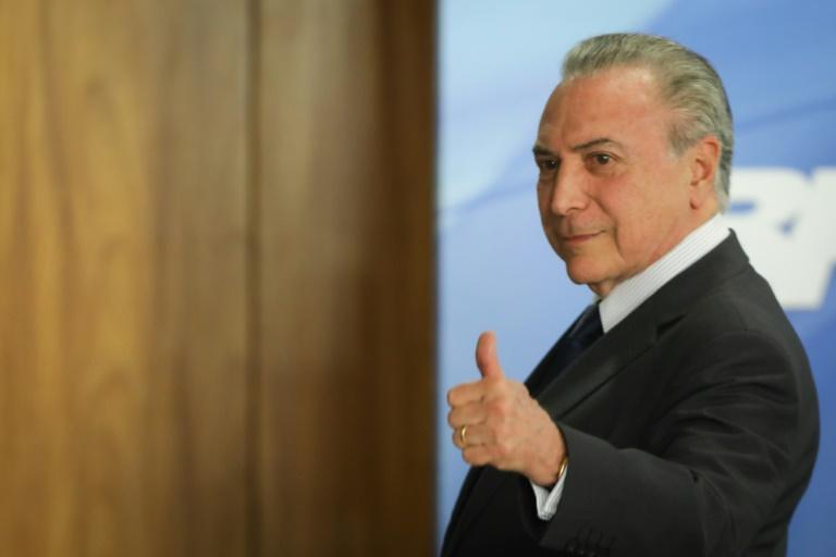 Brasileiros elegem 'corrupção' a palavra de 2017 (pesquisa)