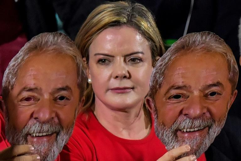 Quem é você, PT, para chamar Bolsonaro de genocida