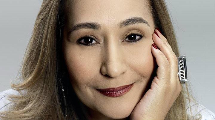 'Vivo com a sombra do câncer até hoje', diz Sônia Abrão