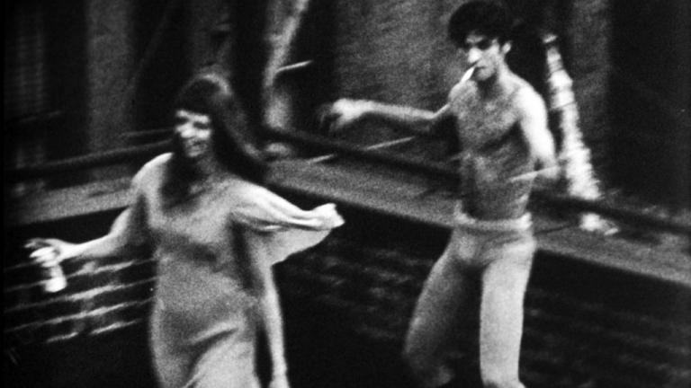 Lucinda Childs: crítica dança com bailarino, em filme de Andy Warhol