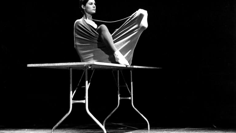 Lucinda atuando em 1973