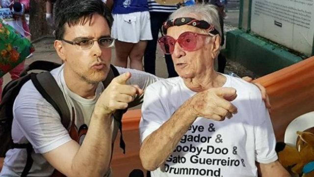Aos 99 anos, Orlando 'Seu Peru' Drummond curte bloco em sua homenagem no Rio