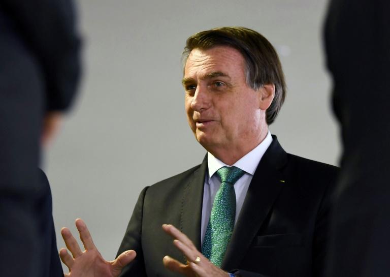 Bolsonaro: indicado para embaixada tem que ser filho de alguém, por que não meu?