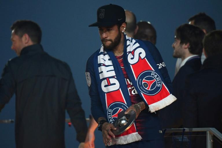 Rivaldo diz que PSG 'não é para a categoria de Neymar' e aconselha saída do clube