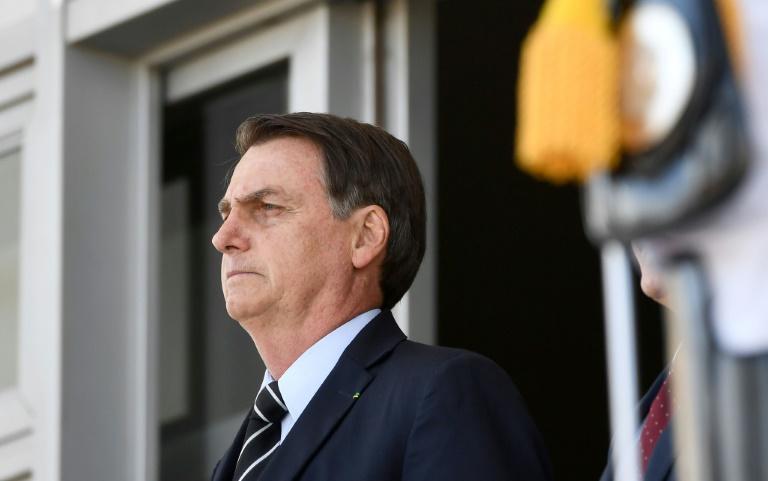 'Os caras vão morrer na rua igual barata, pô', diz Bolsonaro em entrevista