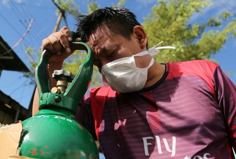 'Pulmão do mundo fica sem oxigênio', diz médico na Amazônia peruana