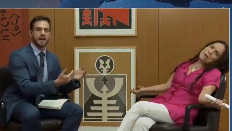 Equipe da CNN foi coagida a finalizar entrevista com Regina Duarte, diz colunista