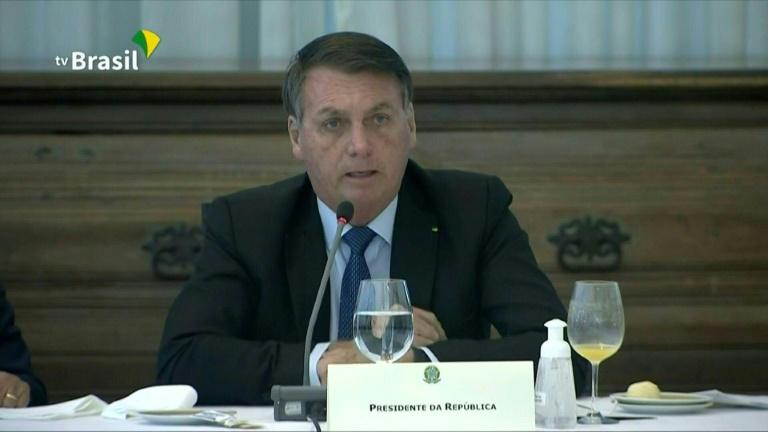 """Bolsonaro: Apoiadores devem """"arranjar um jeito"""" de entrar em hospitais para checar ocupação"""