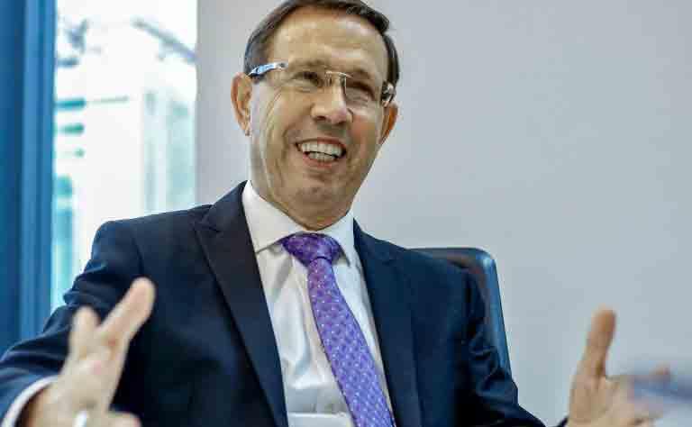 Barroso autoriza Carlos Wizard a ficar em silêncio na CPI da Covid