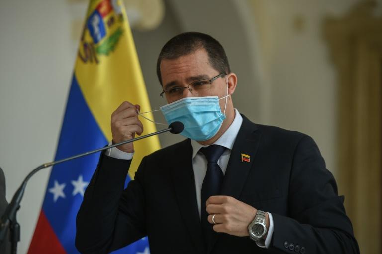 'Inadmissível', diz governo de Maduro sobre pedido da UE para adiar legislativas