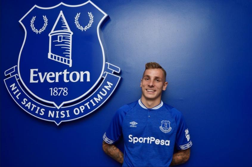 Everton planeja renovar com Digne e afastar interesse do ...