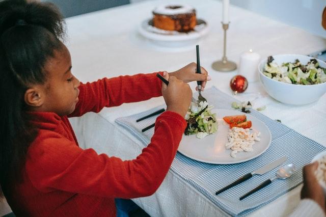 Quer que seu filho cresça mais saudável? Cuide das cores no prato dele