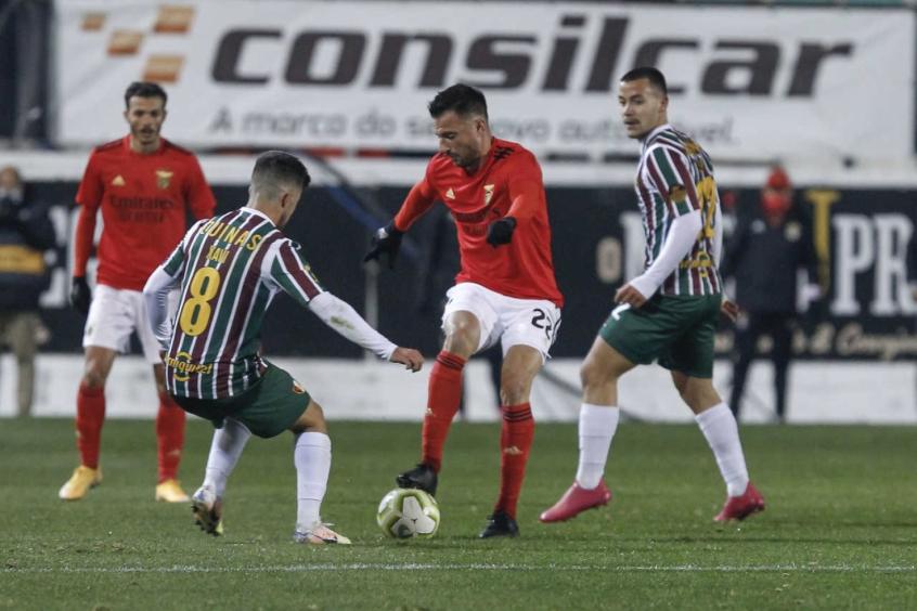 Benfica vence time da terceira divisão e avança na Taça de Portugal