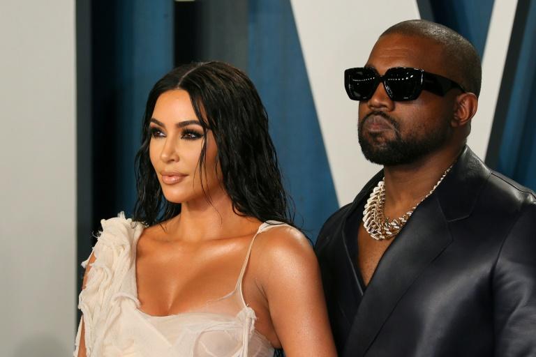 'Pronta para ser feliz', diz Kim Kardashian após divórcio de Kanye West