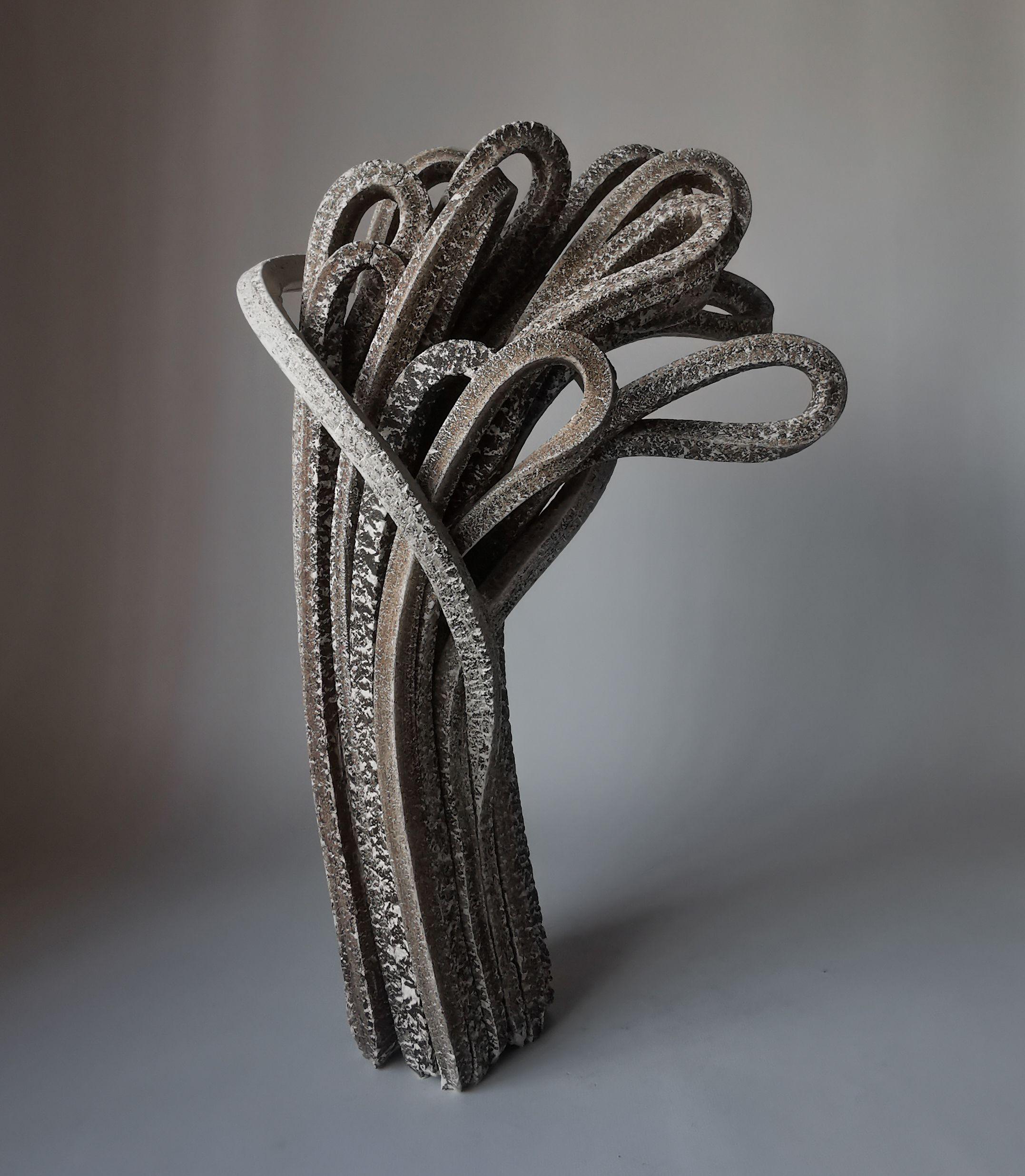 Os limites da cerâmica pelas mãos do espanhol Alberto Bustos