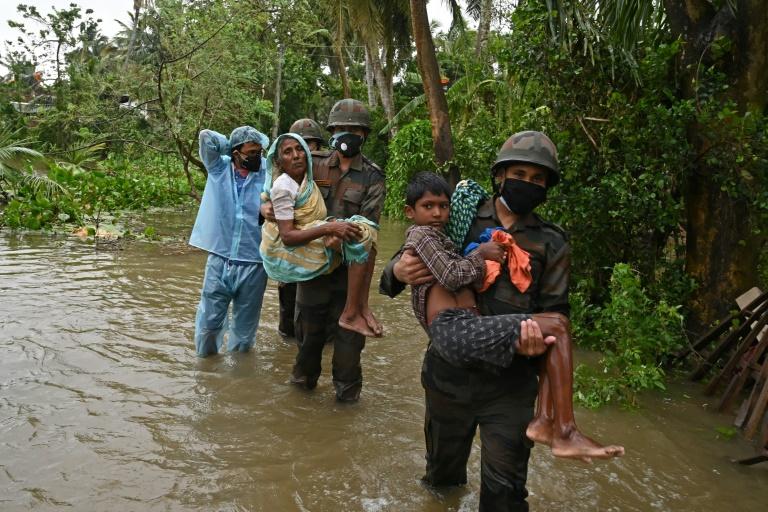 Ciclone Yaas deixa pelo menos nove mortos na Índia e Bangladesh