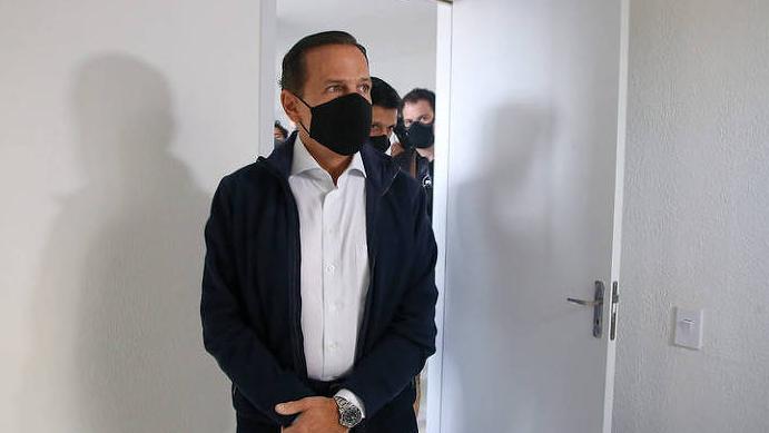 Doria chama Bolsonaro de 'genocida' ao discutir com Carla Zambelli durante evento do governo paulista