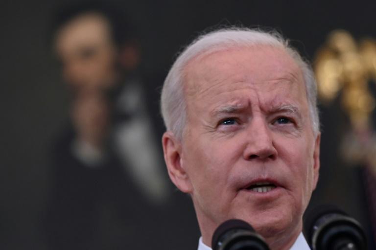 Biden sobe o tom contra as armas de fogo após aumento da criminalidade