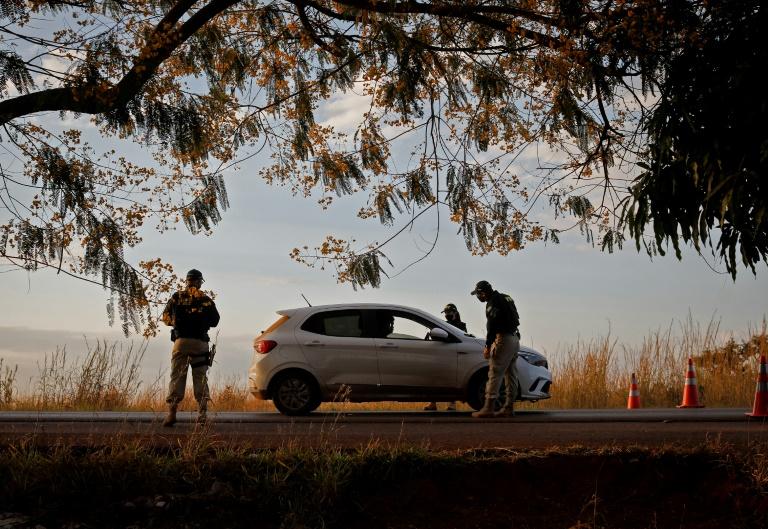 Fuga de Lazaro mobiliza 300 policiais e aterroriza cidade em Goiás
