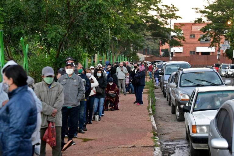 Incidentes nos postos de vacinação do Paraguai em meio ao aumento de casos de covid-19