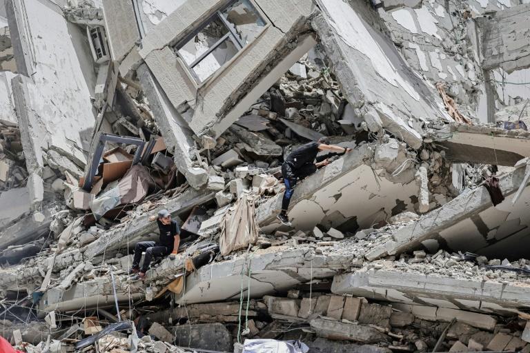 Sobreviventes enfrentam pós-trauma após bombardeios em Gaza