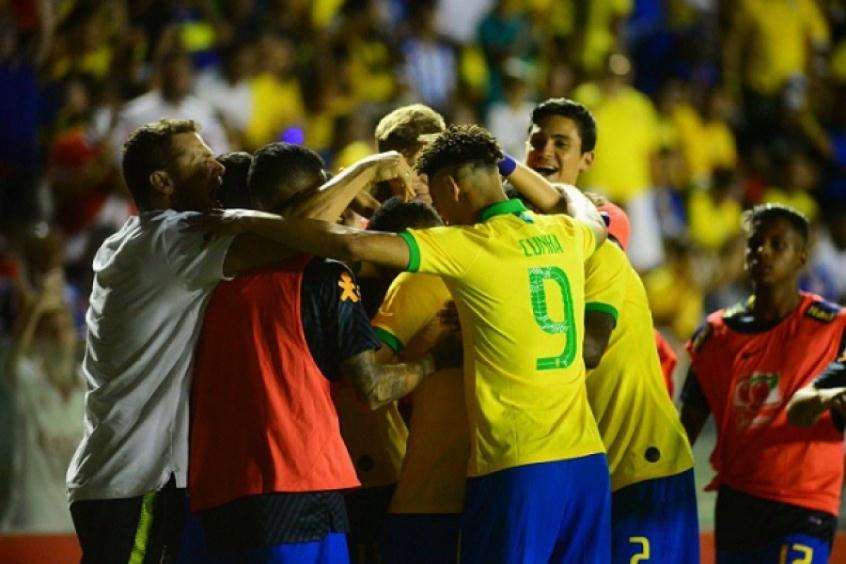 Premiação a brasileiros medalhistas de ouro na Olimpíada de Tóquio é a maior da história do COB