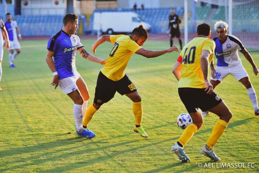 Principal nome do futebol do Chipre, Danilo conversa com clubes no Brasil e espera definir futuro