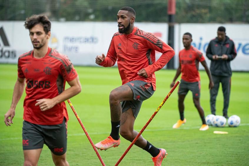 Com reforços caseiros, Flamengo divulga escalação para encarar o América-MG, confira