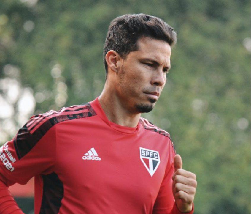 Hernanes corre no gramado e São Paulo finaliza preparação; veja provável time contra o Atlético-MG