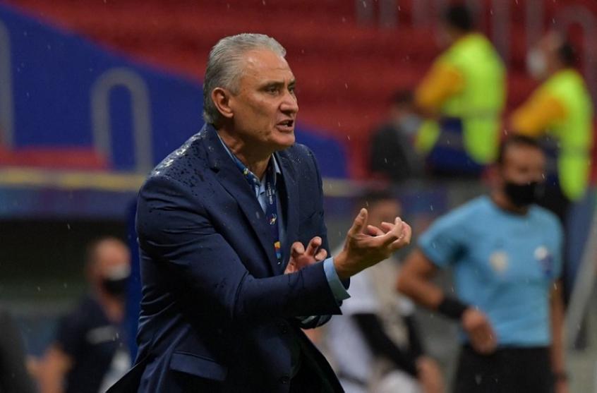 Tite reconhece contraste entre dois tempos da Seleção contra o Peru: 'É preciso o 'timing', o ajuste'