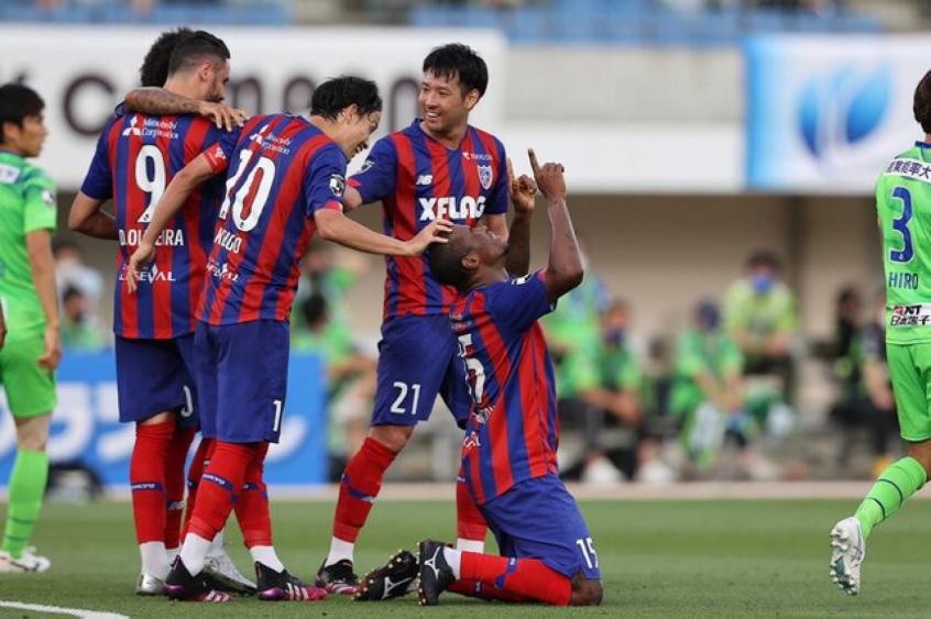Adaílton celebra classificação do FC Tokyo na Copa da Liga: 'Treinando forte para buscar o bicampeonato'