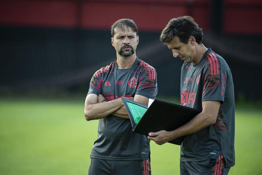 Com Filipe Luís poupado, Flamengo está definido para encarar o Coritiba; veja a escalação
