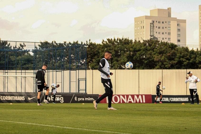 Corinthians se reapresenta e inicia preparação para enfrentar o Bahia