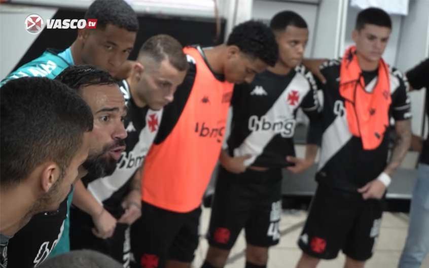 Liderança de Leandro Castan e discurso motivacional: os bastidores da vitória do Vasco sobre o CRB