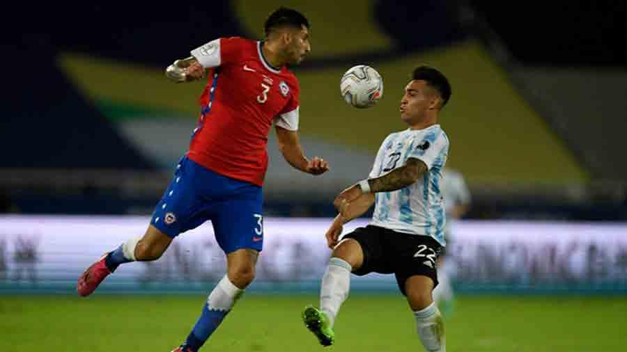 Messi marca golaço, mas Chile arranca empate em estreia pela Copa América