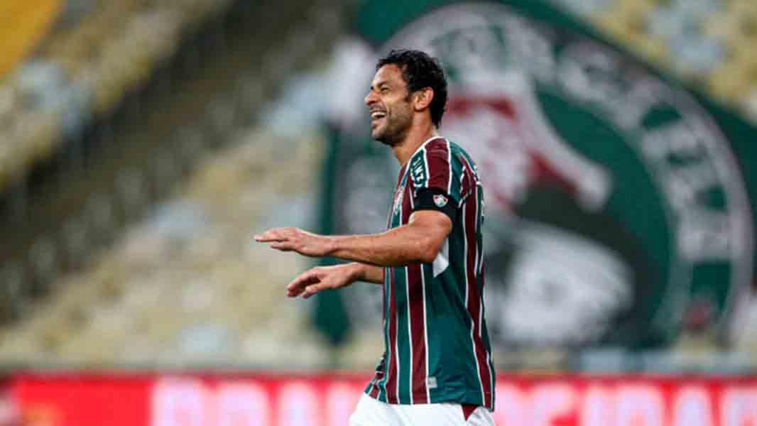 Fred, do Fluminense, visita e parabeniza o Maracanã pelo aniversário: 'Maior palco do mundo'