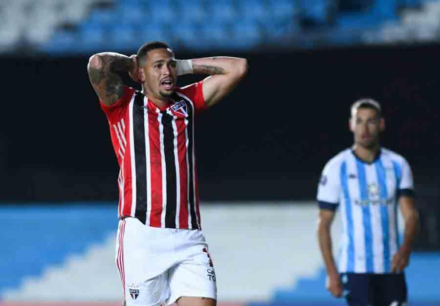 Lesão de Luciano é a quinta do jogador em sete meses no São Paulo