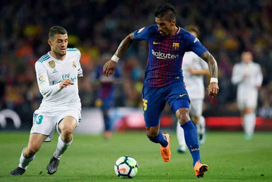 Sem clube, Paulinho não descarta retorno ao Barcelona